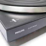 Philips 677 HiFi logo